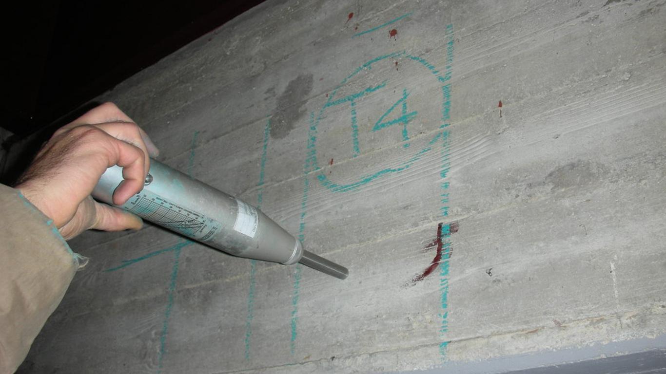 strumento indagine su calcestruzzo